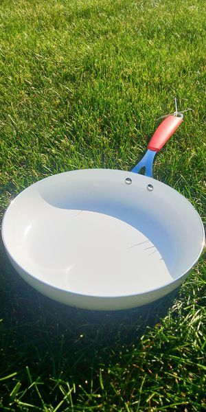"""New 12"""" Aluminum Tuexdo fry pan cooking for Sale in Montville, NJ"""