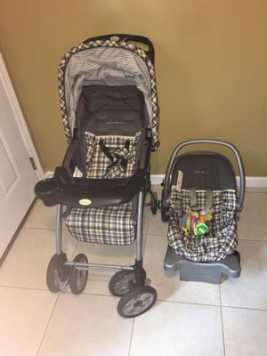 Eddie Bauer stroller and car seat for Sale in Lawrenceville, GA