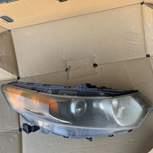 2009 Tsx Headlight Assembly for Sale in Redlands, CA