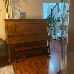 Piano for Sale in Battle Ground, WA
