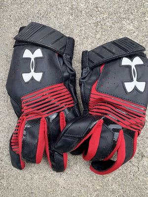 Under Armor Youth XL Baseball Batting Gloves for Sale in Gates Mills, OH