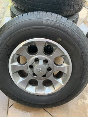 Toyota OEM wheels & tires, Tacoma, forerunner, Fj for Sale in Trabuco Canyon, CA