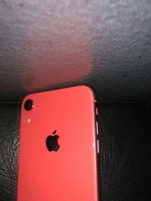 iPhone Xr (Coral) for Sale in Upper Marlboro, MD