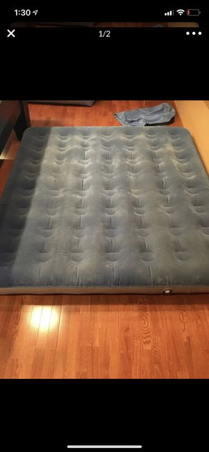 Air mattress and pump for Sale in Lynnwood, WA