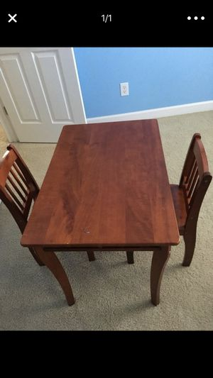 Kids Table & Chairs set for Sale in Franklin, TN