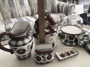 Kitchen Set, measurements shown, small chip on leaf top of cookie jar, $20.00 for all for Sale in Bradenton, FL