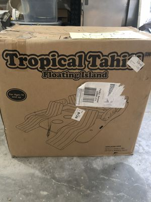 Tropical Tahiti Floating Island. for Sale in Kalama, WA