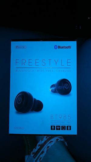 Freestyle wireless earbuds has Bluetooth for Sale in Jacksonville, FL