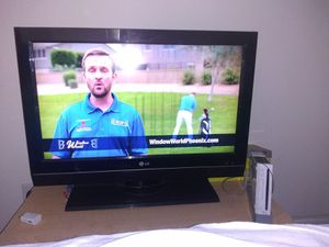 Tv with a Wii buy together for $75 obo or separate for Sale in Phoenix, AZ