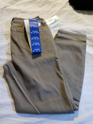 BUFFALO DAVID BITTON STRETCHY JEAN FOR WOMEN SIZE 10/30. NEW for Sale in Tustin, CA