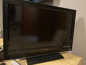 32 inch flat screen Vizio TV for Sale in South Hill, WA