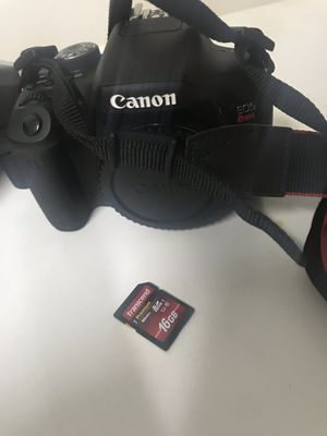 Canon T6i Rebel Two lenses Included with Neewer Speedlight External Flash 16GB Memory Card Included for Sale in Atlanta, GA