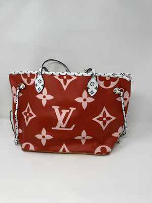 Louis Vuitton LV women hand bag used but great condition for Sale in East Lansdowne, PA