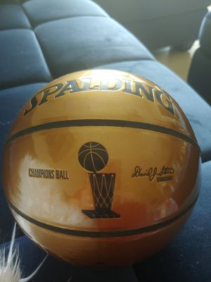 LIMITED EDITION 2006 MIAMI HEAT CHAMPIONS SPALDING *MINI* BASKETBALL! for Sale in Delray Beach, FL