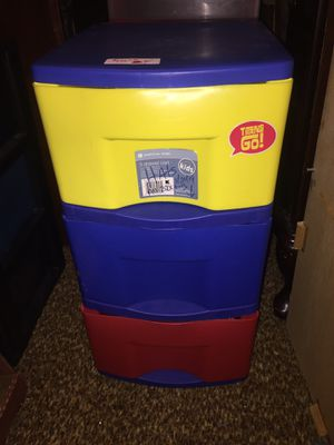 Sterilite plastic 3 drawer storage unit $10 for Sale in Kingston, MA