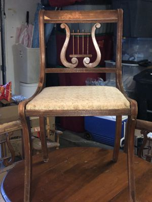 Antique round wood table good shape with 4 Lyre back chairs. for Sale in Glyndon, MD