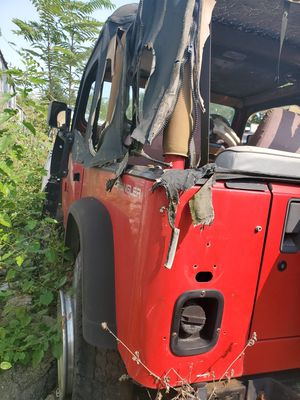 Parting out jeep for Sale in Chicago, IL