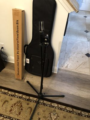 Mic stand brand new for Sale in Cumming, GA