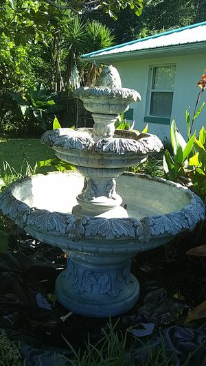 Water fountain for Sale in Avon Park, FL