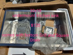 32x18 Undermount kitchen Sink with drain and grill for Sale in Bakersfield, CA
