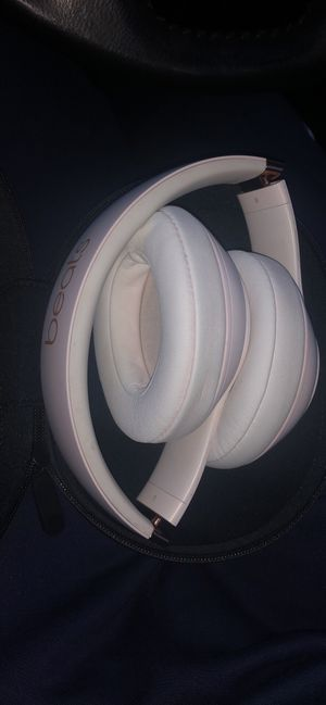 Beats by dre Studio 3 wireless Rose Gold for Sale in Edgewood, MD