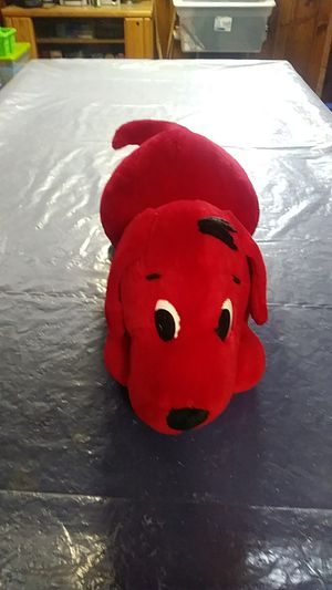 Clifford the Big Red Dog Plushie for Sale in Cleveland, OH