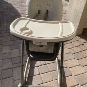 Graco High Chair for Sale in Peoria, AZ