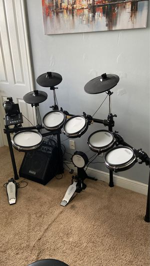 EXCELLENT CONDITION !! Simmons SD600 Electronic Drum Set for Sale in Davie, FL
