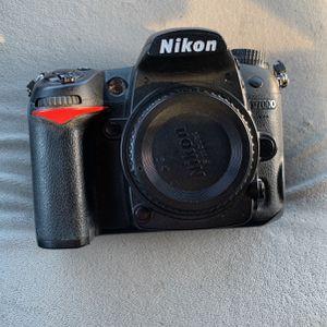 Nikon D7000 for Sale in Bloomfield Hills, MI