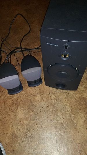 Harman/kardon harman kardon 2.1 speakers . for Sale in San Diego, CA