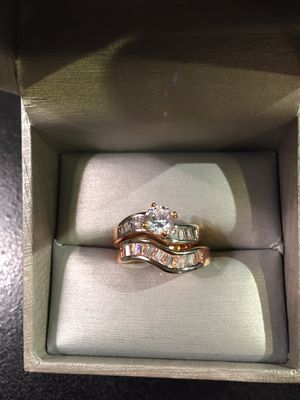 18K Gold plated Engagement/ Wedding Ring Set for Sale in Chicago, IL