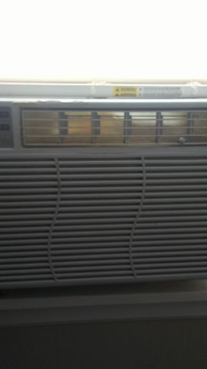 GE air conditioner. for Sale in Quincy, IL