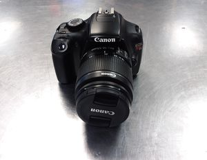 Canon rebel T3 EOS for Sale in Harlingen, TX