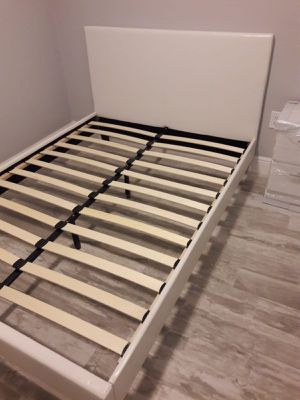 New full bed frame mattress is not included for Sale in Lake Worth, FL