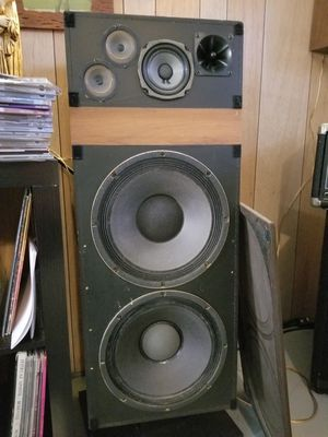 RTR HPR-12M vintage speakers 100wpc for Sale in Cleveland, OH
