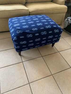 Ottoman for Sale in Fort Lauderdale, FL