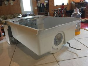 Refrigerator ice cube handler for Sale in Elk Point, SD