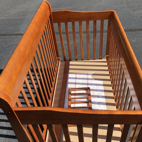 4 in 1 Baby Crib