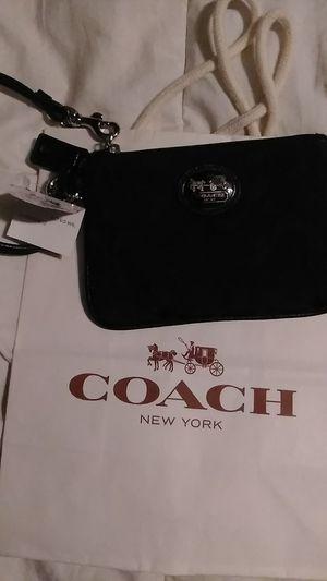 Black Coach New Wristlet for Sale in Burlington, NC