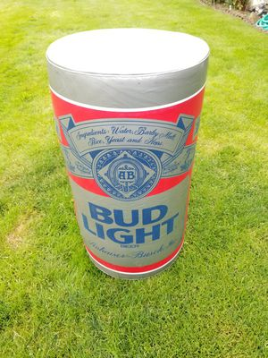 Big blow up can of bud light for Sale in Everett, WA