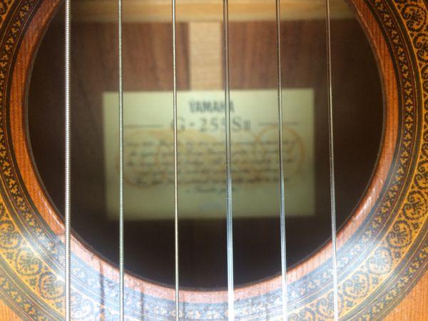 Yamaha Classical Guitar G-255 Sll