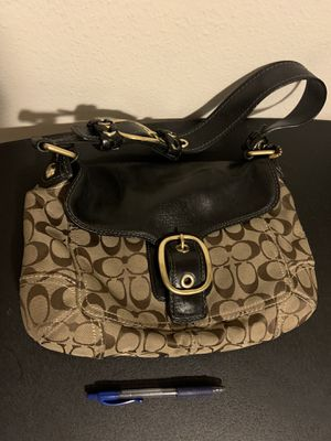 Coach hand bag for Sale in Federal Way, WA