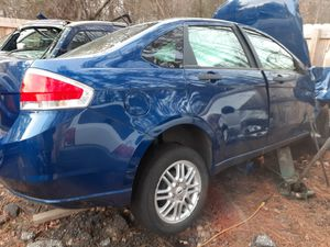 09 ford focas 80xxx miles moter and trans for Sale in Richmond, VA