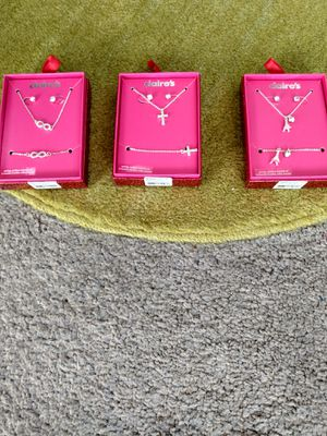 Jewelry gift sets$7 each for Sale in Alexandria, VA