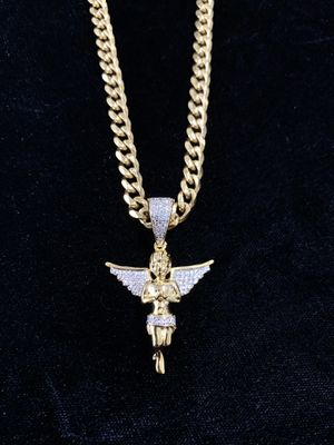 ANKH FULL DIAMONDS CZ 18K GOLD CHAIN MADE IN ITALY for Sale in Lake Park, FL