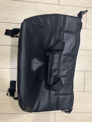 ASSUALT Cooler Bag for Sale in Fontana, CA