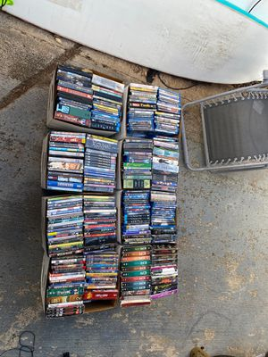 Approximately 800 movies on dvd and blu-Ray all in great condition for Sale in Honolulu, HI