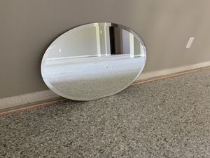 Oval wall mirror for Sale in Clermont, FL