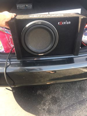 Kenwood 10inch subwoofer and 1200w interfire amp for Sale in Newport Beach, CA