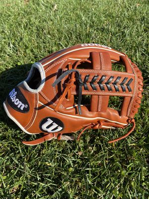 """Lightly Used Wilson A2000 1785 11.75"""" Baseball Glove for Sale in Frederick, MD"""